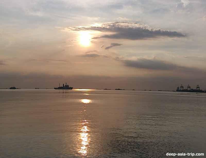 マニラ湾の夕日